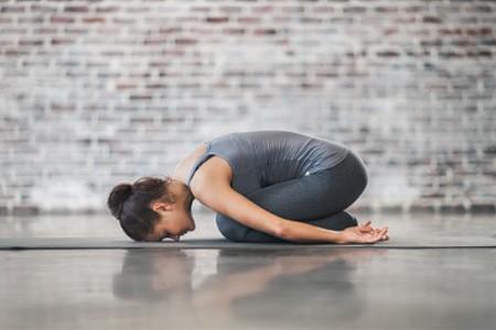 Йога для рассасывания новообразования на яичнике
