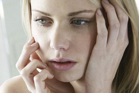 Различие симптомов кисты и беременности