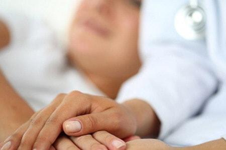 Поддержка пациентки во время химиотерапии и после нее